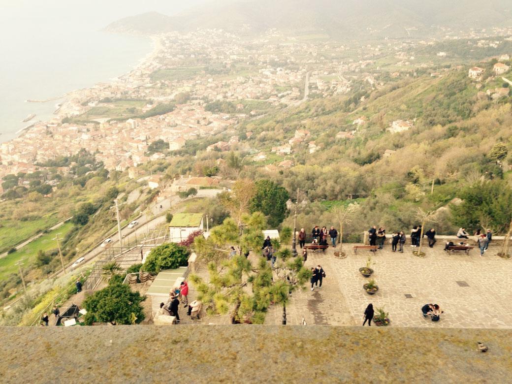 Aussicht vom Schloss in Castellabate