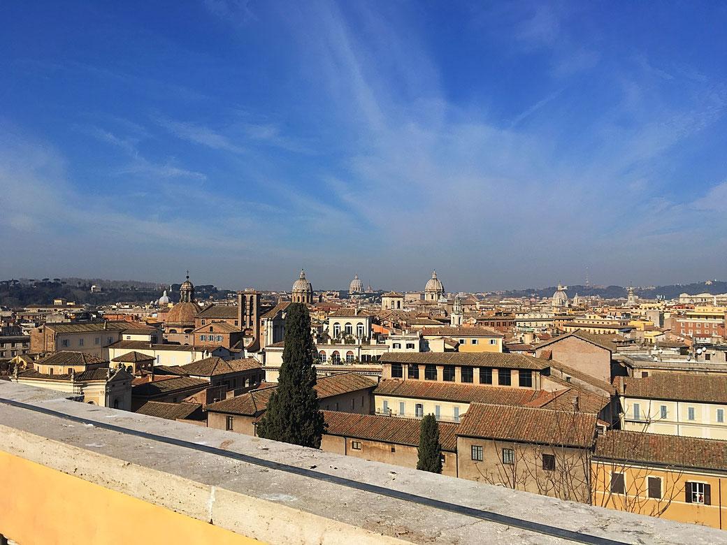 Ausblick auf Rom von der Terrazza Caffarelli