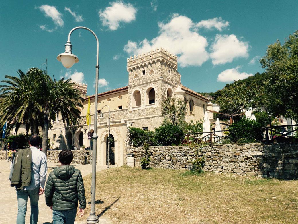 Palazzo Vinciprova - Hier ist das MuSea in Pioppi untergebracht