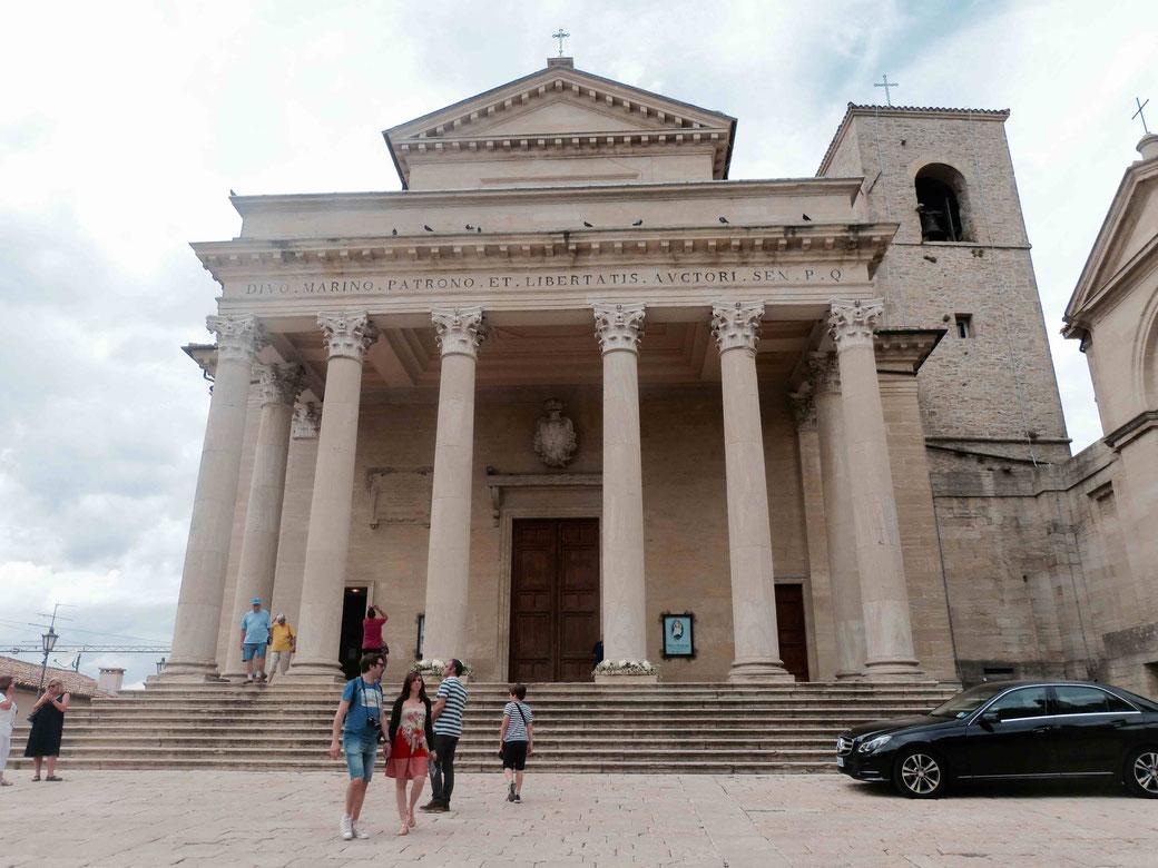Die Basilika von San Marino - Hier werden die Reliquien des Heiligen Marinus aufbewahrt.