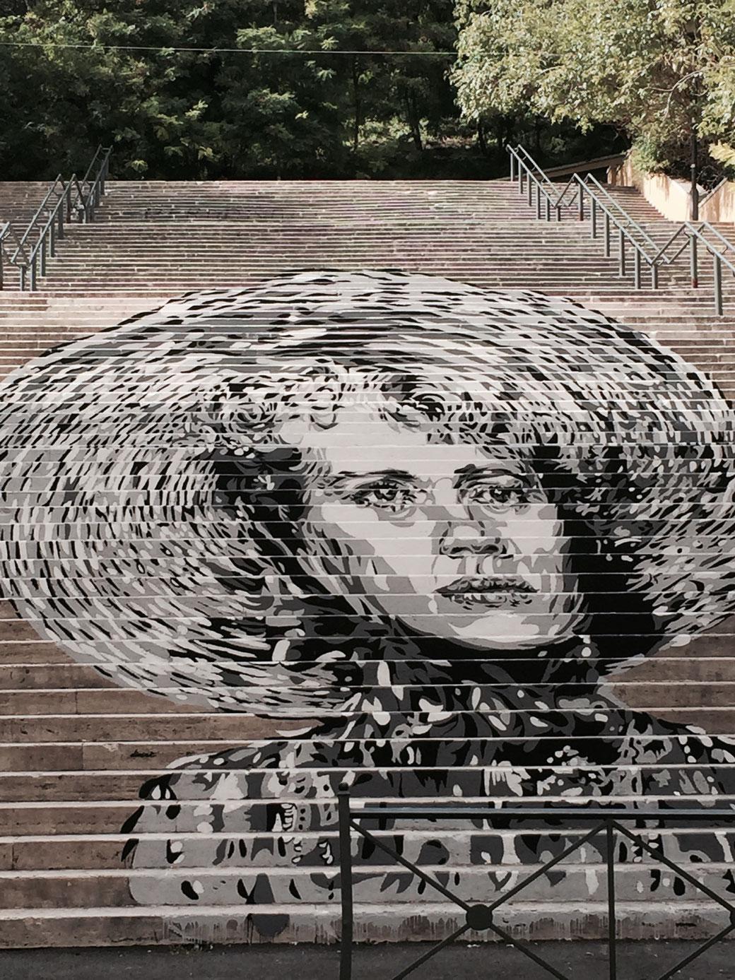 Zeitgenössische Treppenkunst in Trastevere