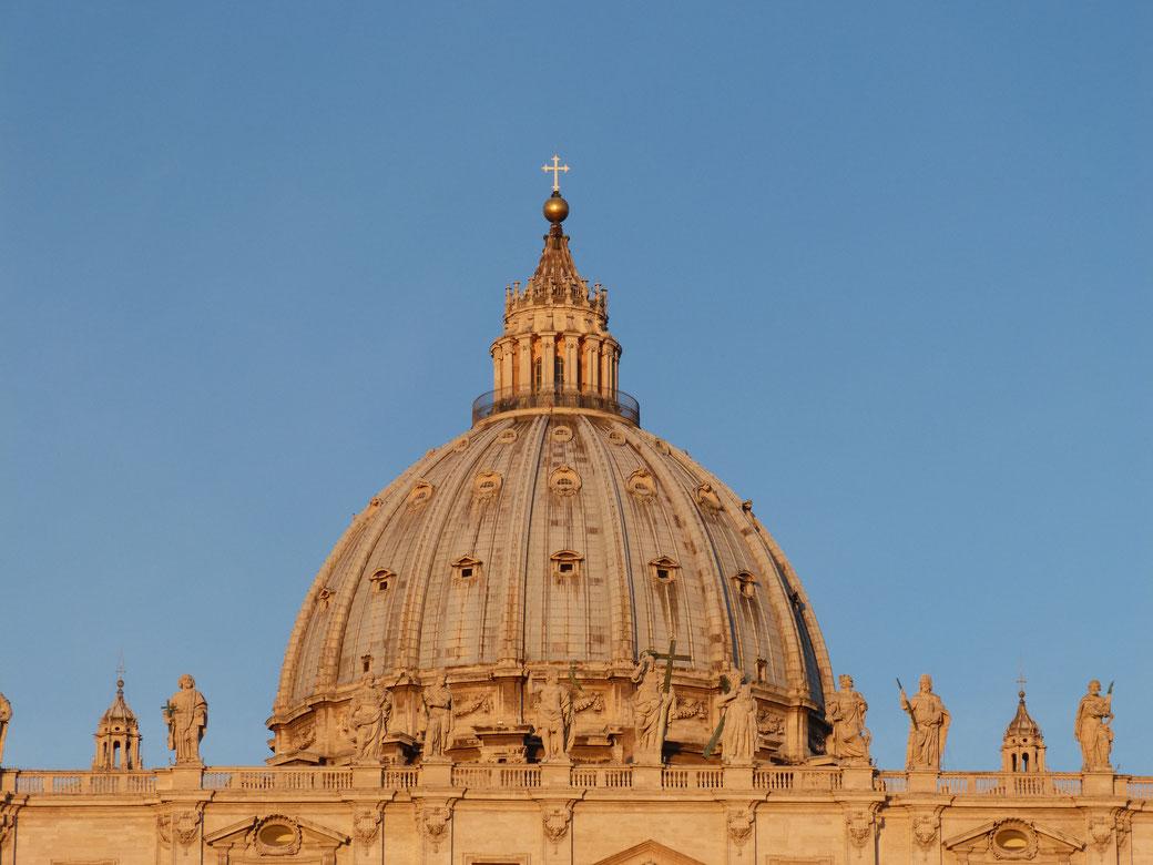 Im März nach Rom - Dem Petersdom auf die Kuppel steigen