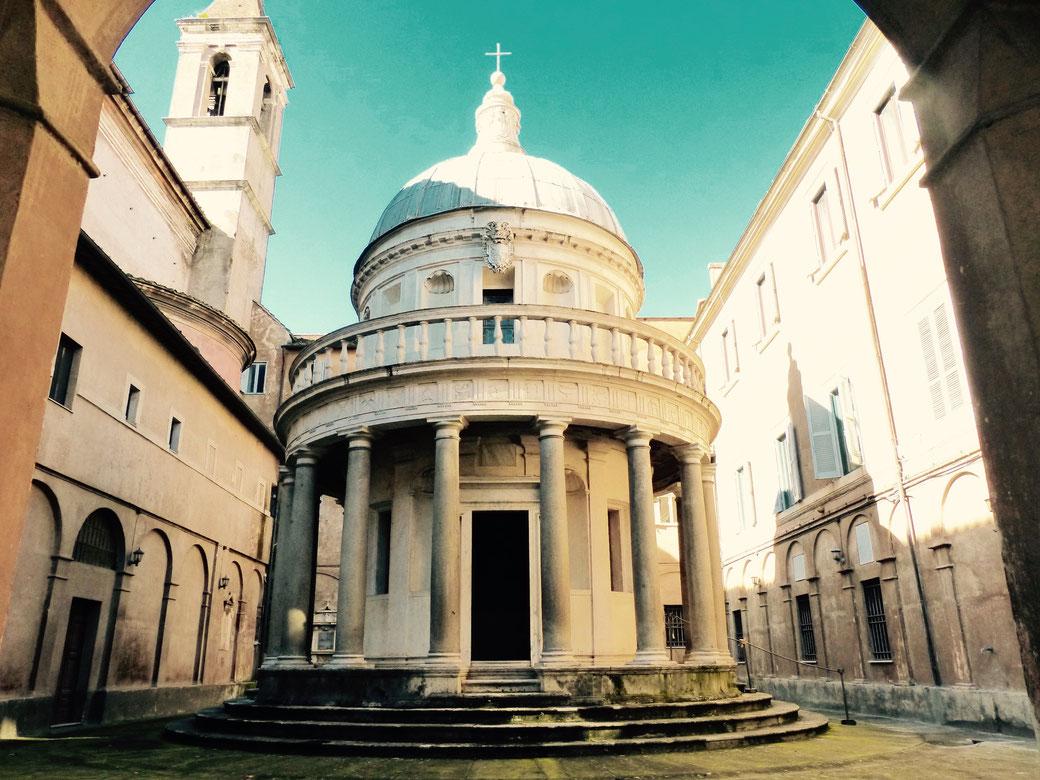Ein echtes Kleinod der Renaissance. Der Tempel von Bramante.