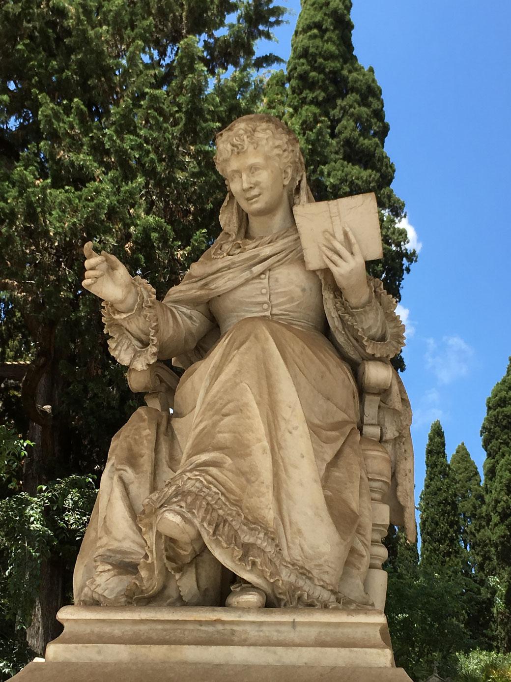 Von Touristenmassen wird der Monumentalfriedhof in Rom verschont