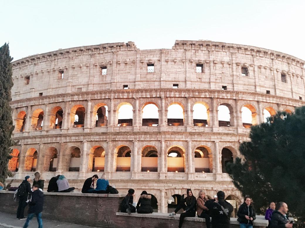 Kolosseum in Rom - Ab 1. November sollen die Eintrittskarte für das weltberühmte Amphitheater 16 EURO kosten