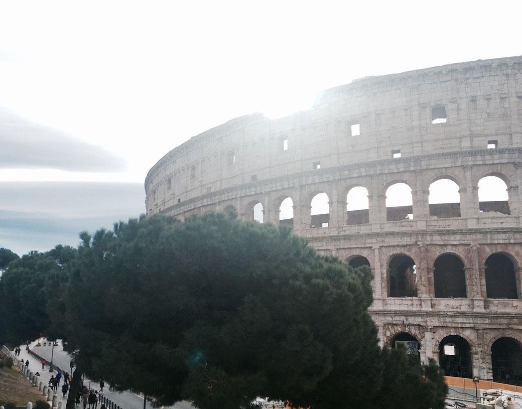 Das Kolosseum in Rom - Am 7. April ist es Mittelpunkt des Rom-Marathon