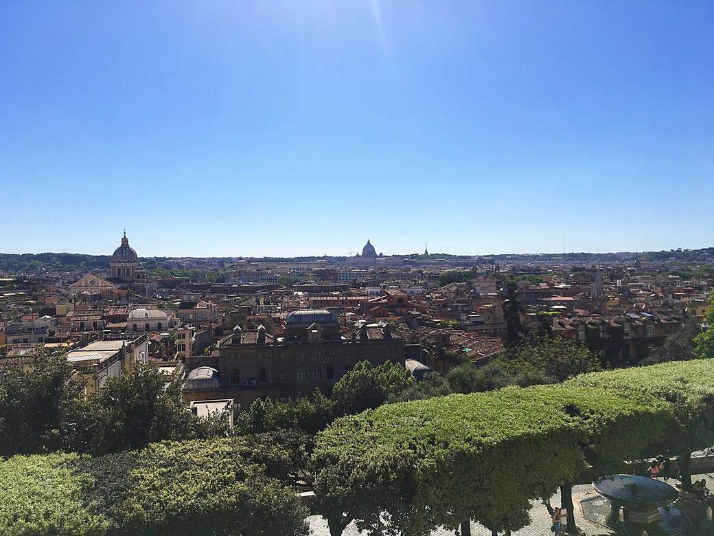 Ausblick von der Villa Medici auf Rom