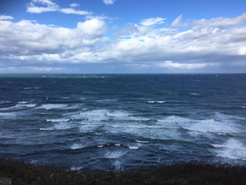 スタッフブログ 管理栄養士 自己紹介 写真1(秋のオホーツク海)