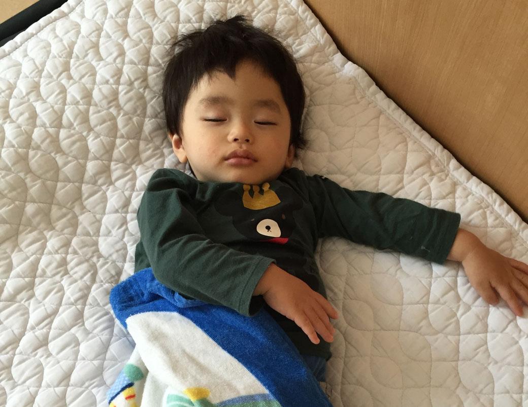 かわいい寝顔 写真2(たくまくん)