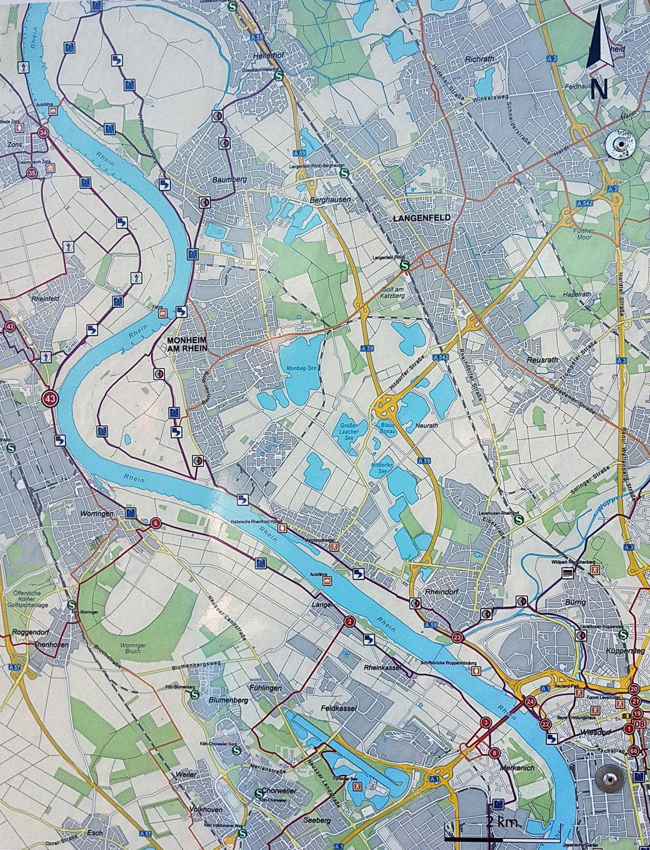 Am Werk in Dormagen steht eine Orientierungstafel am Knotenpunkt 34, hier der Überblick über die gesamte Tour
