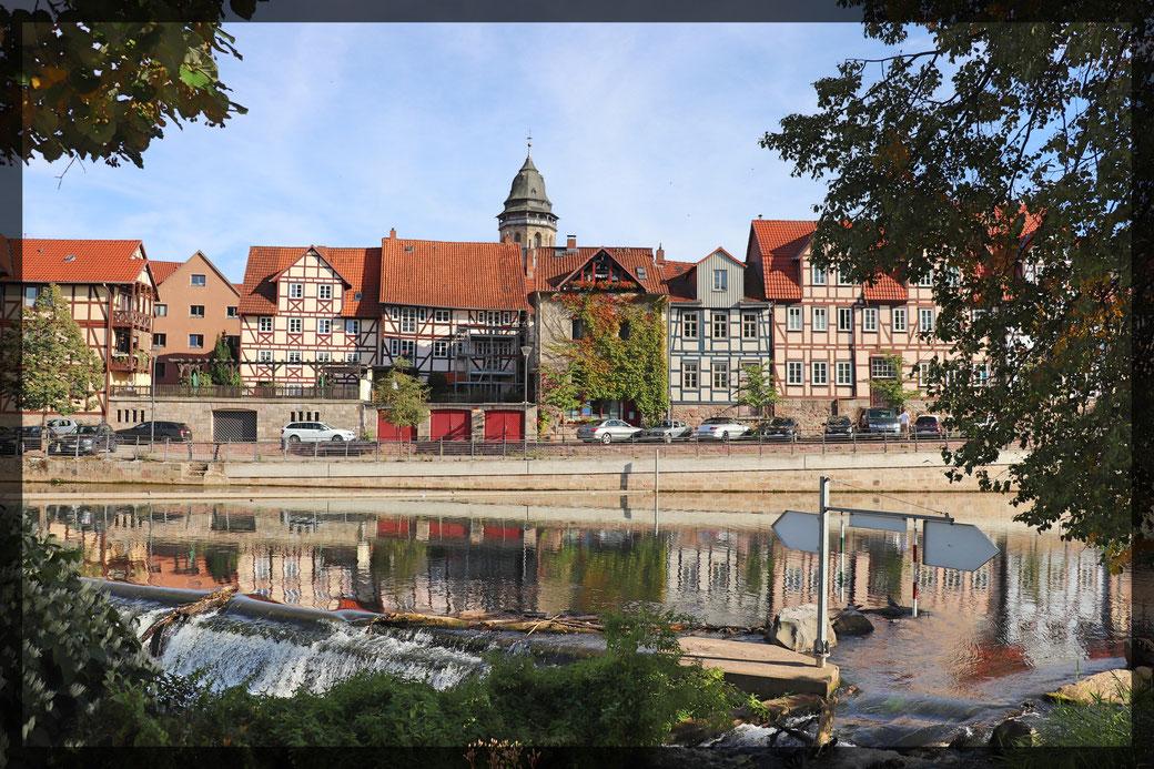Altstadtpanorama mit Flussspiegelung