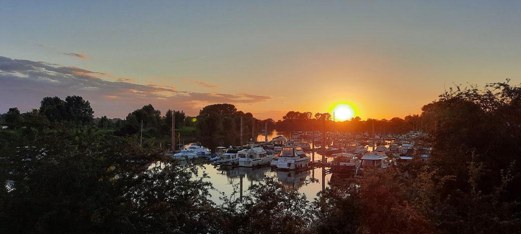Romantische Impressionen an der Marina im Yachthafen Wesel