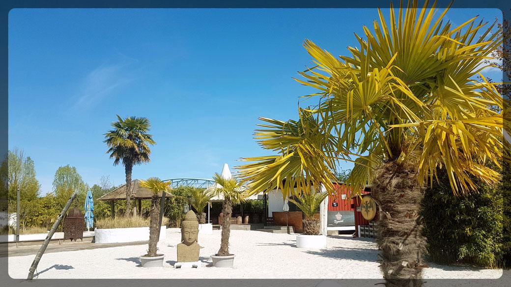 In der Strandbar Leverkusen, Urlaubsimpressionen wie auf Bali