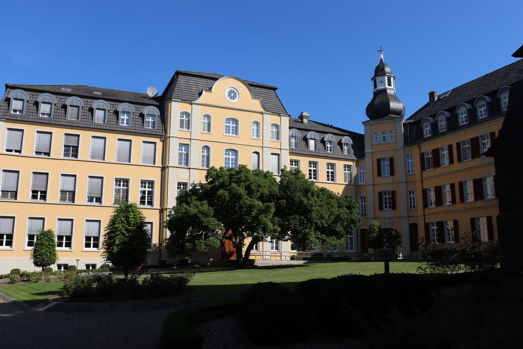 Innenhof Haus Aspel, der Keimzelle der ältesten Stadt am Niederrhein: Rees