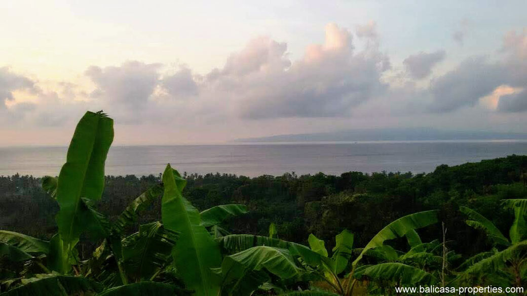 Land for sale in East Bali near Padang Bai, overlooking the ocean