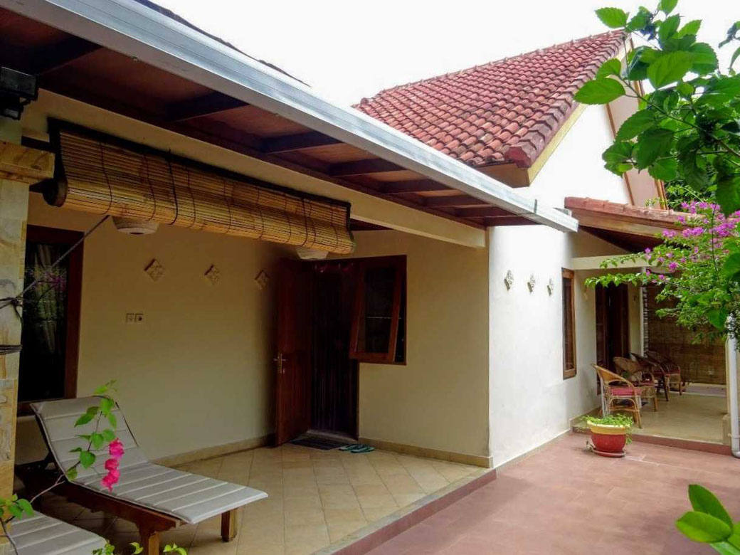 Pleasant family home for sale with 3 bedrooms in Puri Gading