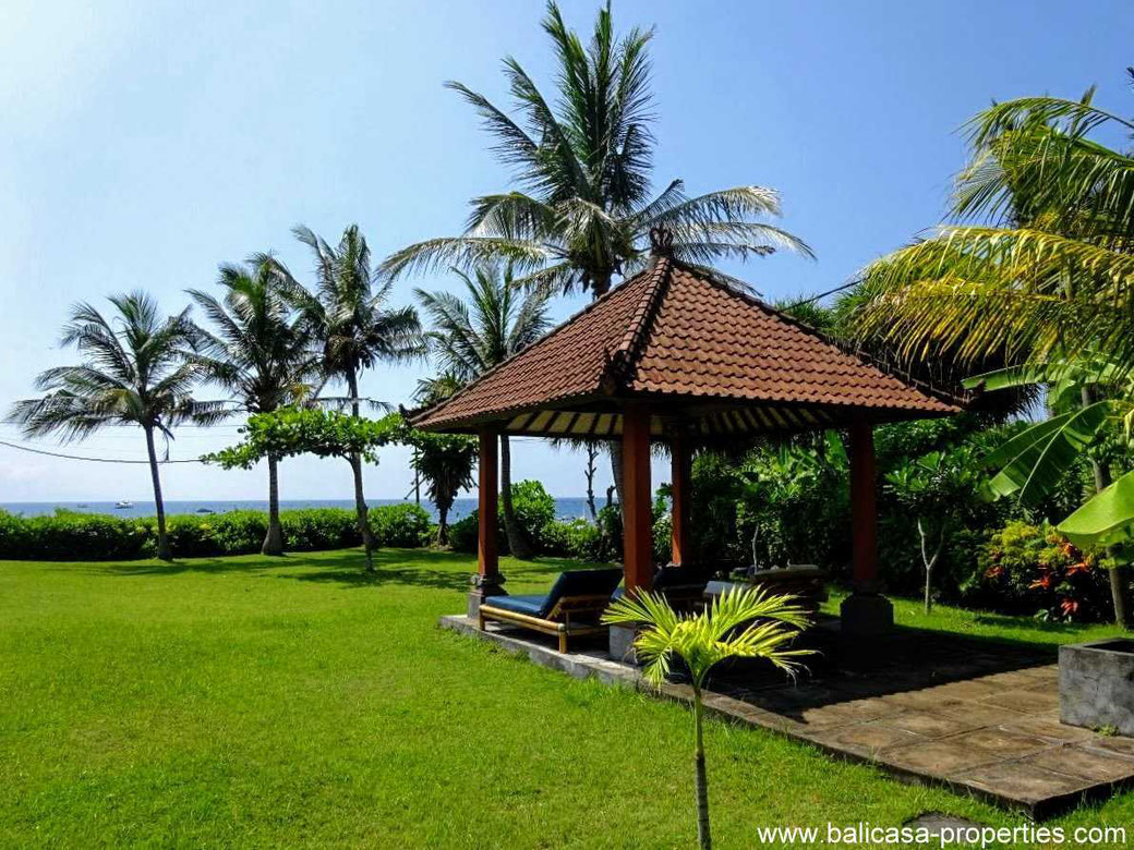 Beachfront villa for sale in Jasri, East Bali