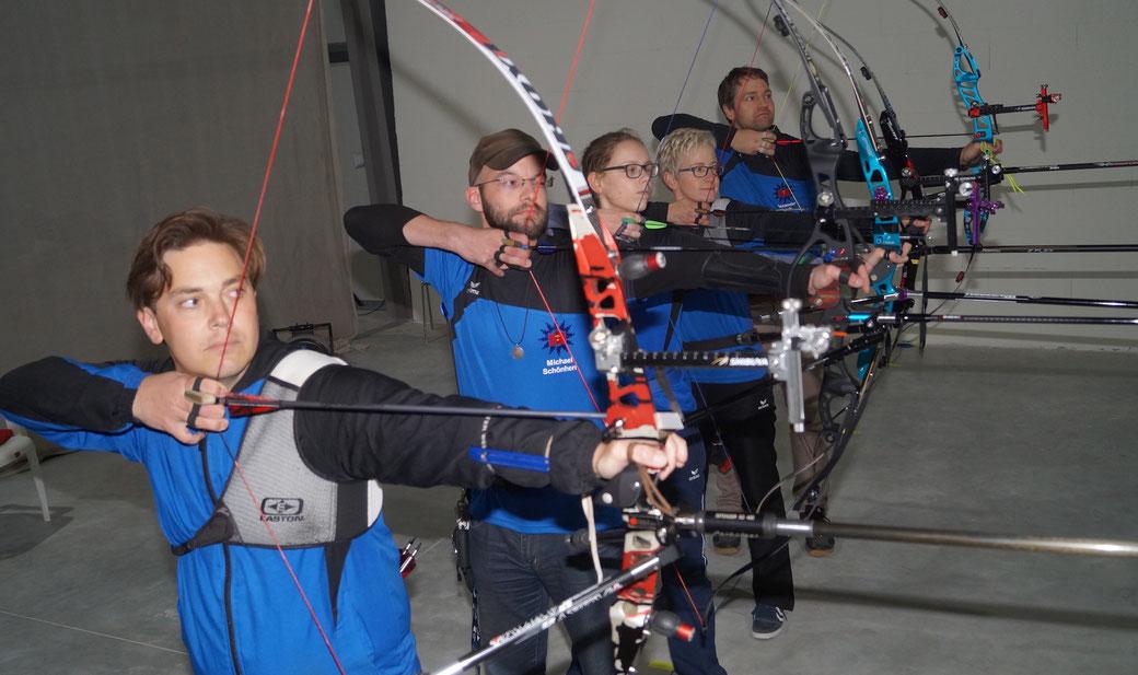 In einer neuen Halle trainieren die Bogenschützen des PSV Magdeburg. Foto: Alpha-Report