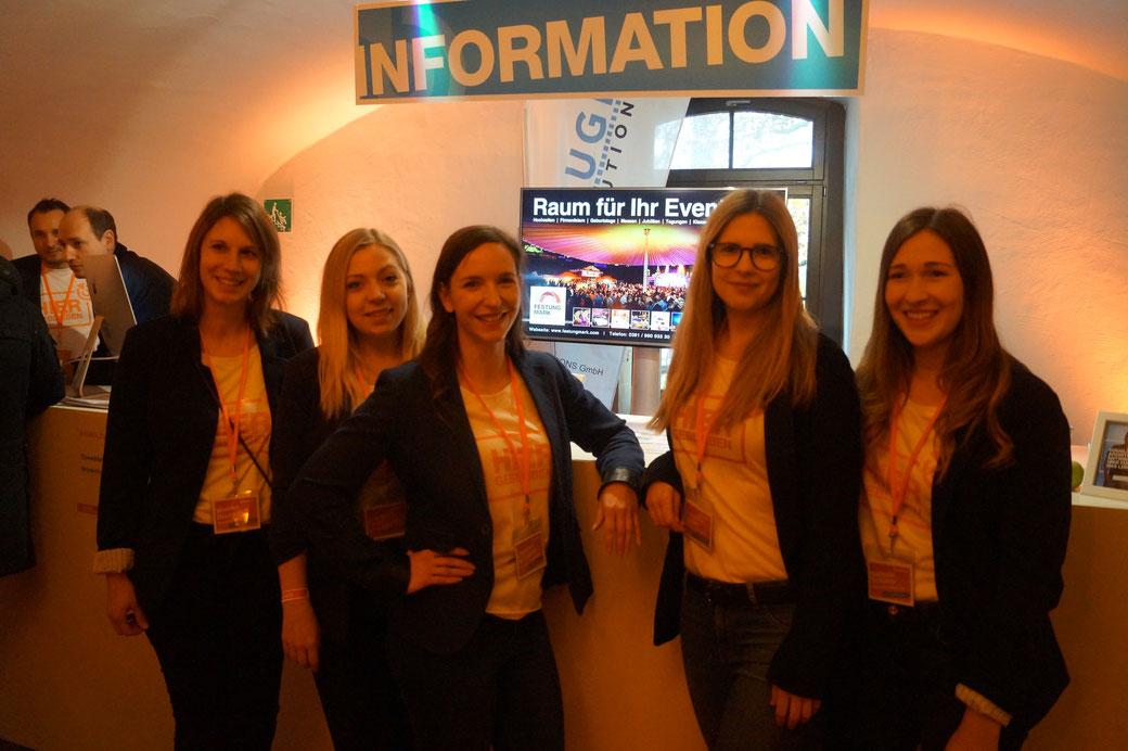 Wiebke Deutsch, Franziska Draht, Christina Schramm, Franziska Fiedler und Nathalie Schütze von der freshpepper GmbH. Foto: Alpha-Report