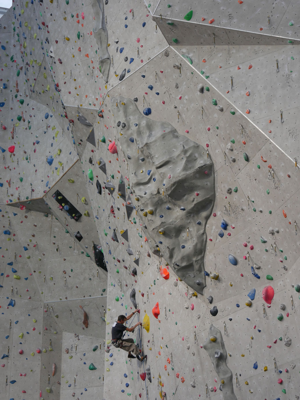The Edinburgh International Climbing Arena provided a fantastic setting for the  opening competition of the 2017 Paraclimb Series
