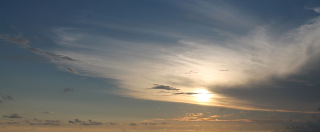 Infrarotkabinen Infrarottecnologie Sonnenuntergang am Meer Infrarotstrahlung Luttinger Zirbentherme