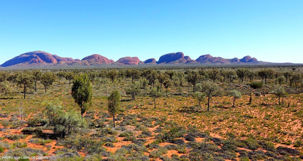 Kata Tjuta, lieu sacré des Aborigènes Anangu, Australie, photo non libre de droits.