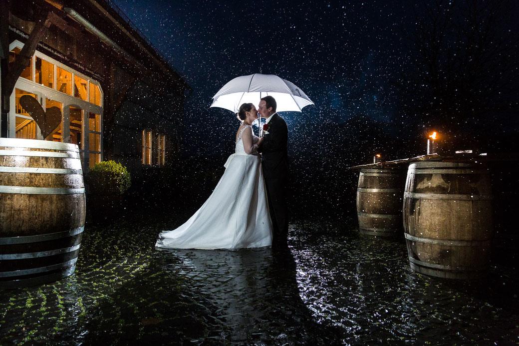 Hochzeitsbilder, Hochzeitspaar, Giessen, Laubach, Lich, Hochzeit im Wilden Mann, Hochzeit Grebenhain