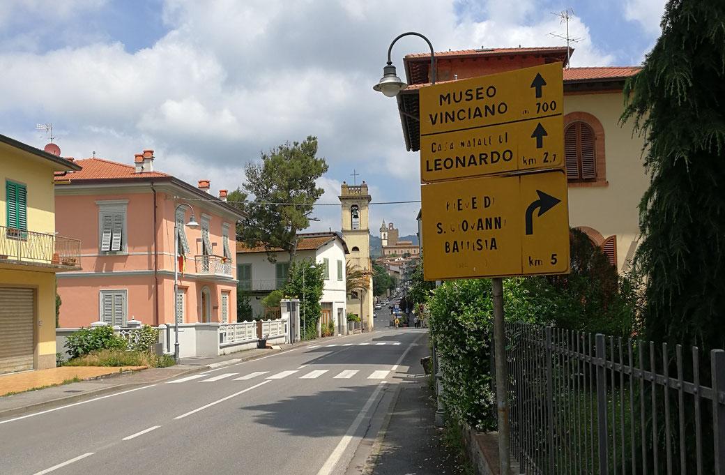 Hauptstrasse in Vinci