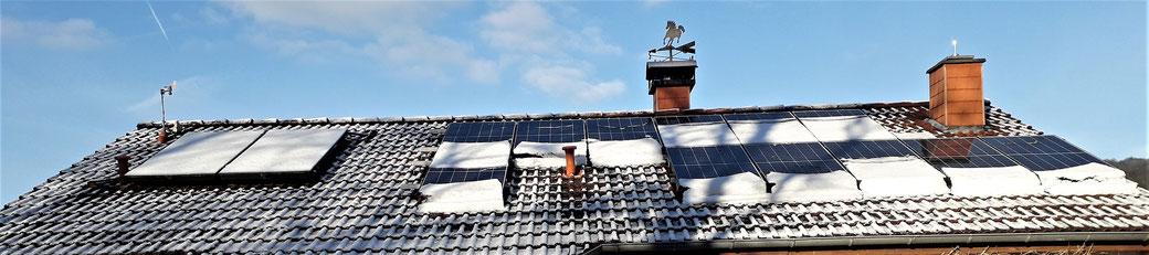 Leben mit der Energiewende TV - Rehborn, Schnee rutscht von PV-Modulen