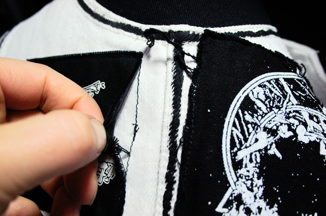 5 ways to sew on patches - seam ripped open (wrong stitch) - Zebraspider Eco Anti-Fashion Blog