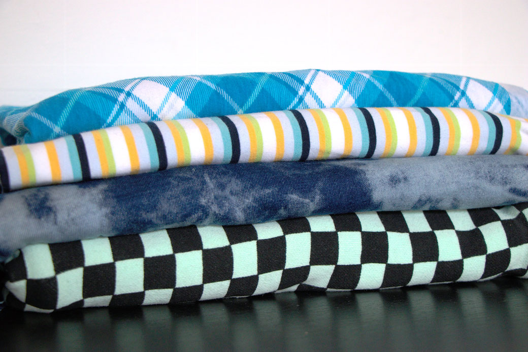 9 pros and cons about deadstock fabrics - stripes, plaid, tie dye and checks - Zebraspider Eco Anti-Fashion