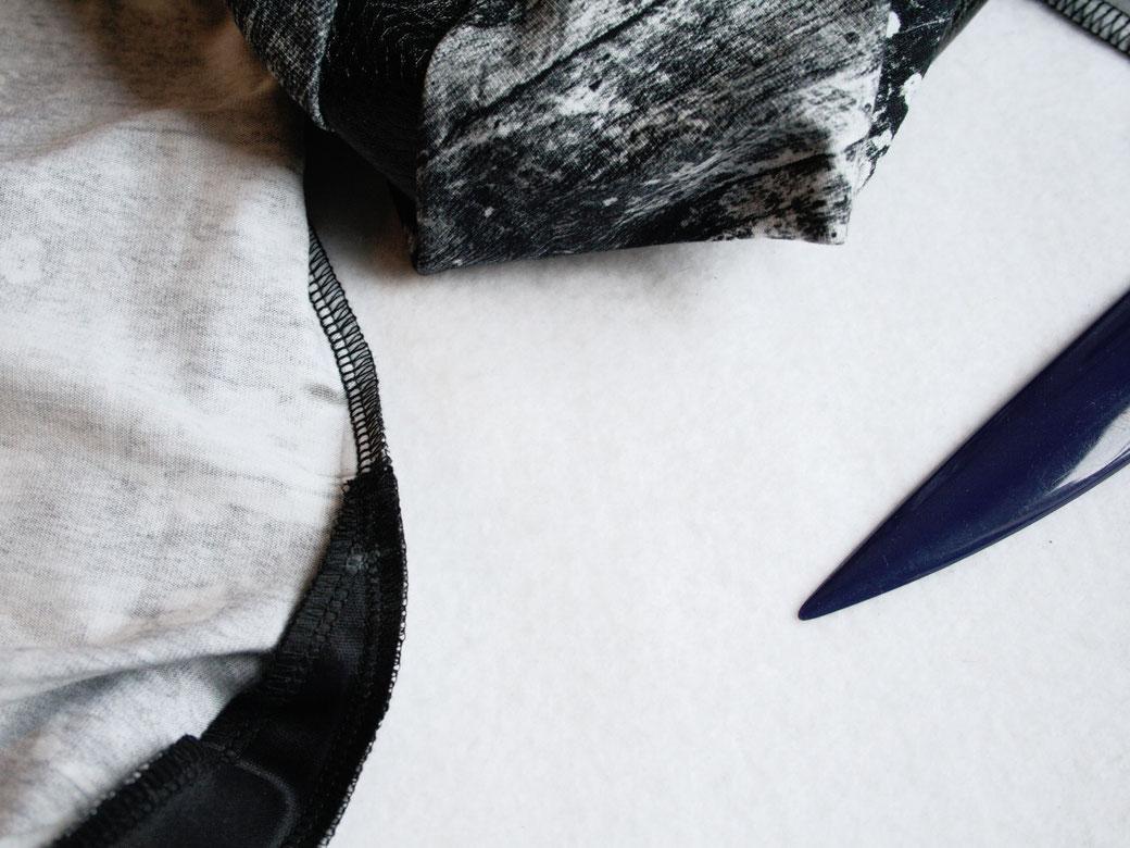 Mary, the Swirl Leggings (pattern testing) - matching the seams - Zebraspider Eco Anti-Fashion Blog