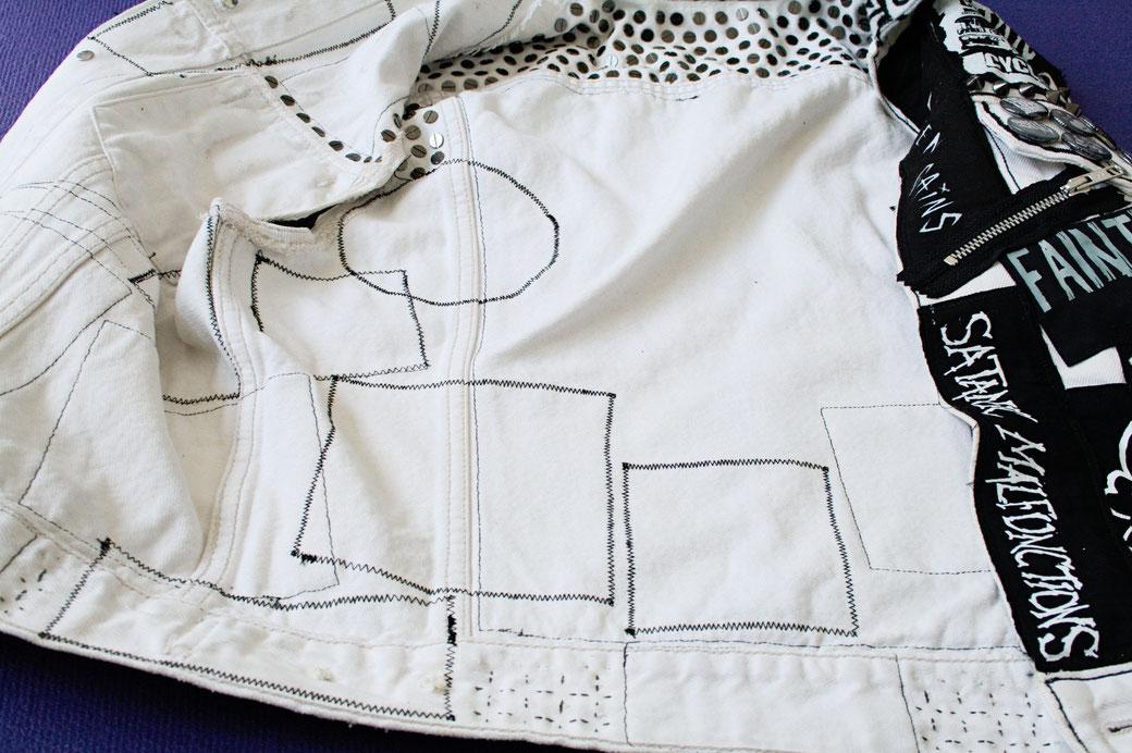 Update on the not-so-white-anymore punk vest - inside - Zebraspider Eco Anti-Fashion