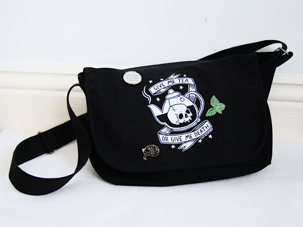 5 Unusual things that look better with patches - give me tea shoulder bag - Zebraspider Eco Anti-Fashion Blog