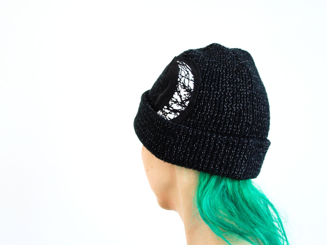 5 Unusual things that look better with patches - Night Sky beanie hat - Zebraspider Eco Anti-Fashion Blog