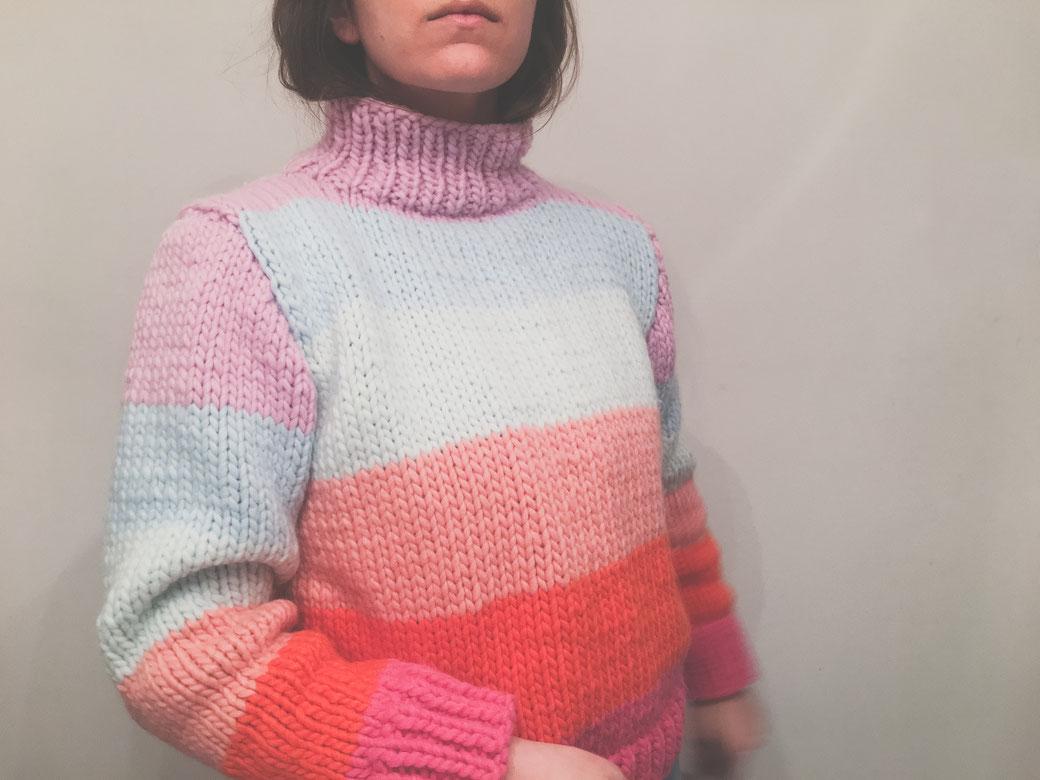 Neuer Regenbogen Sweater – Anleitung felicity DIY Blog