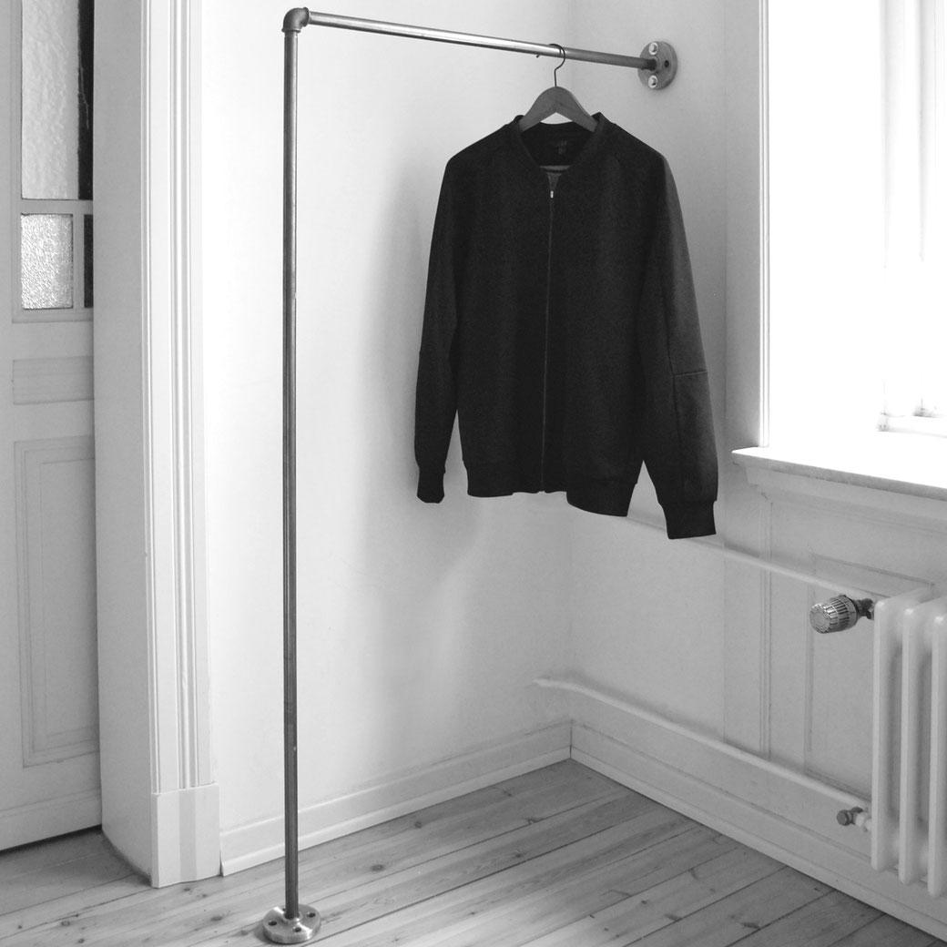 Garderobe STAND