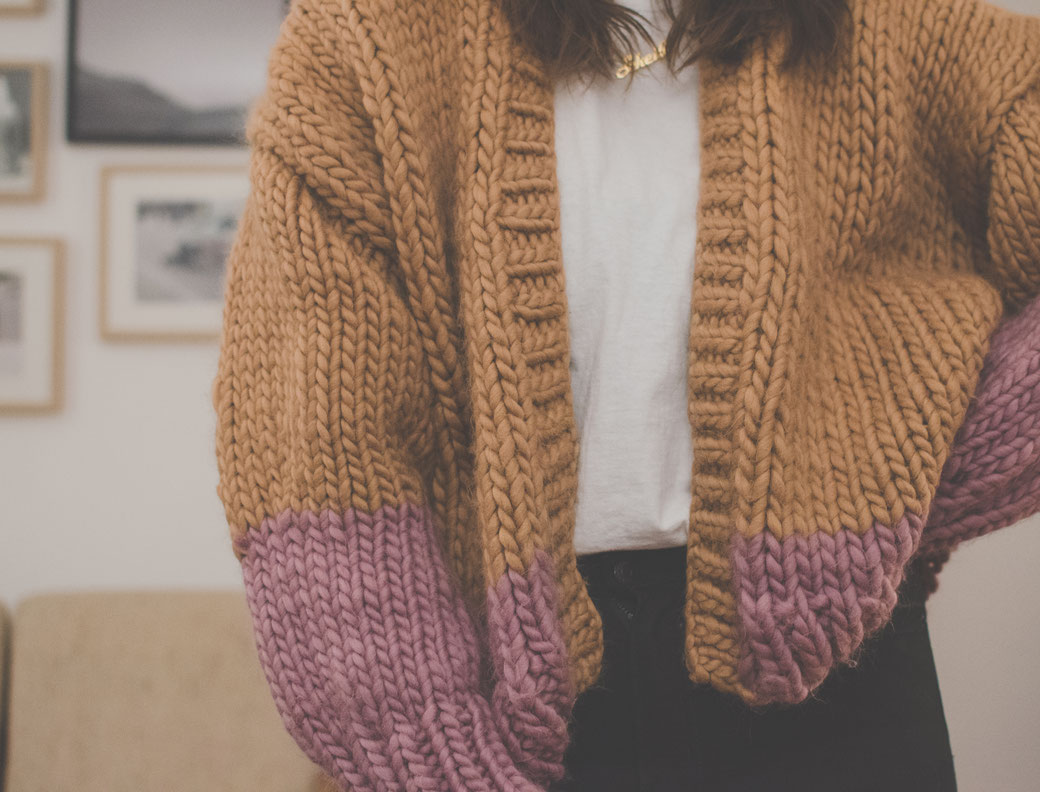 Free knitting pattern – BONNIE CARDIGAN – FLCTY