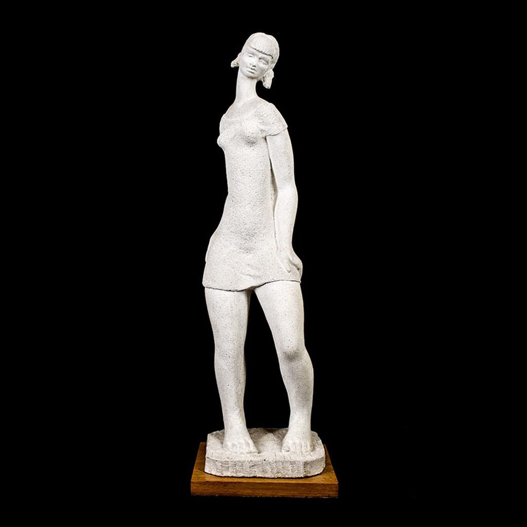La chica ye-yé. Piedra artificial. 84x24,5x27 cm. Años 60. Col. Eladio de la Cruz