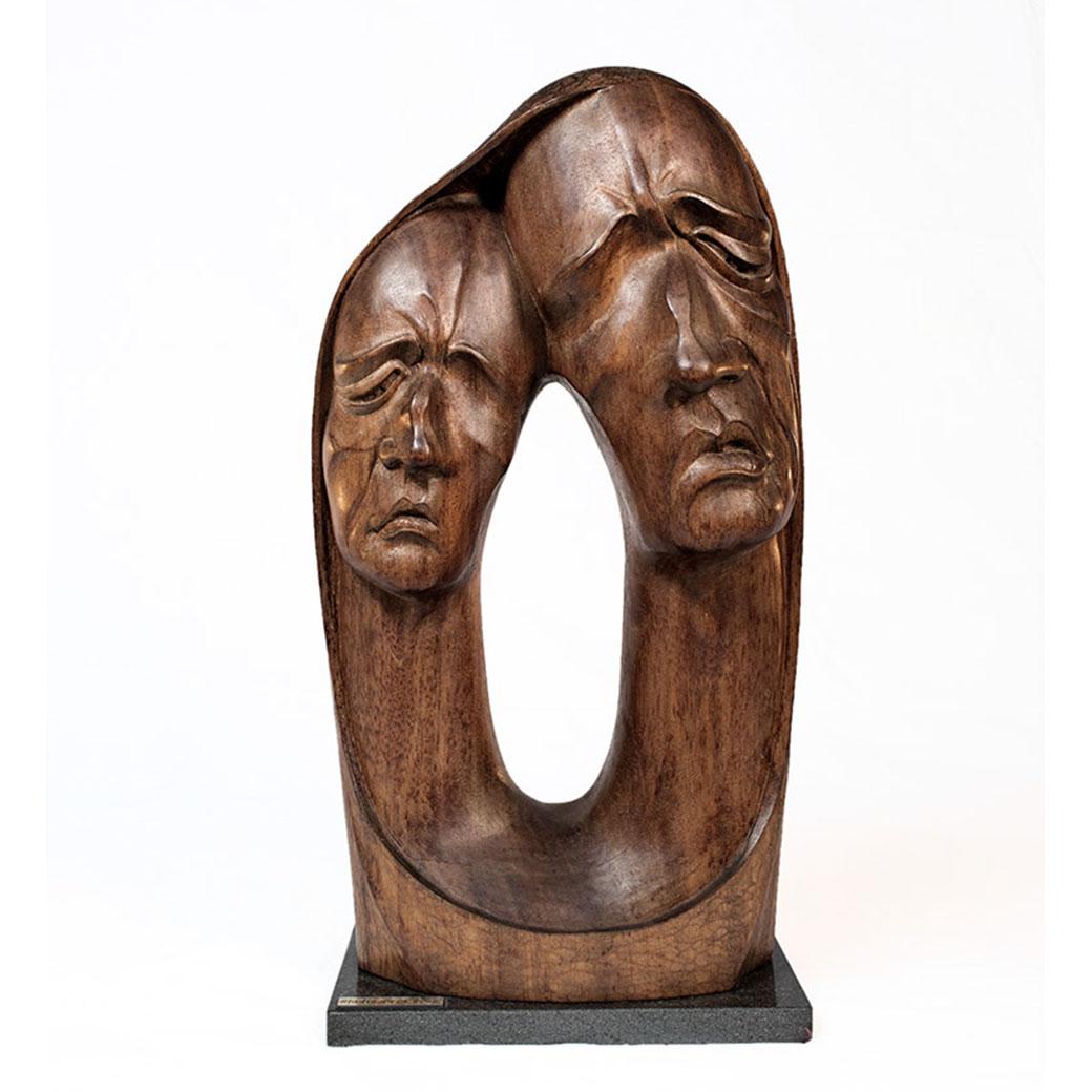 Pareja II. Madera (ukola). 52x29x24 cm. 1998. Col. Eladio de la Cruz