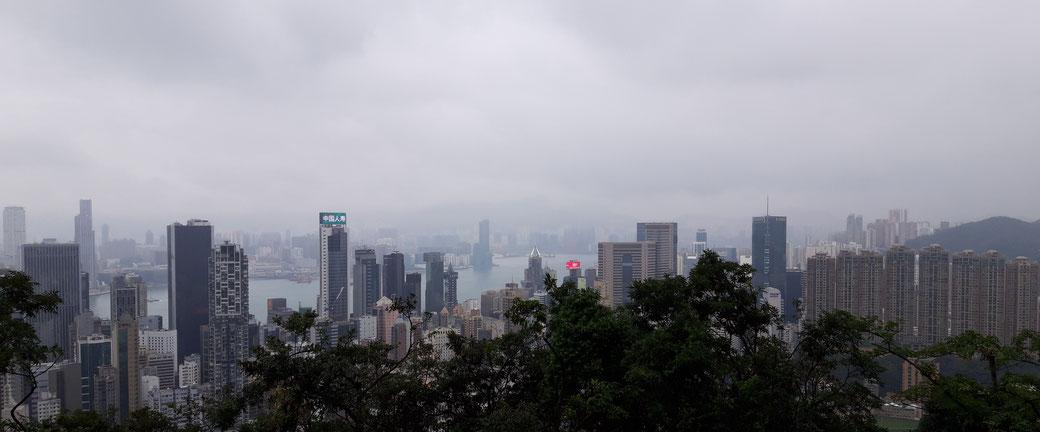 Blick vom Victoria Peak auf Hongkong Island