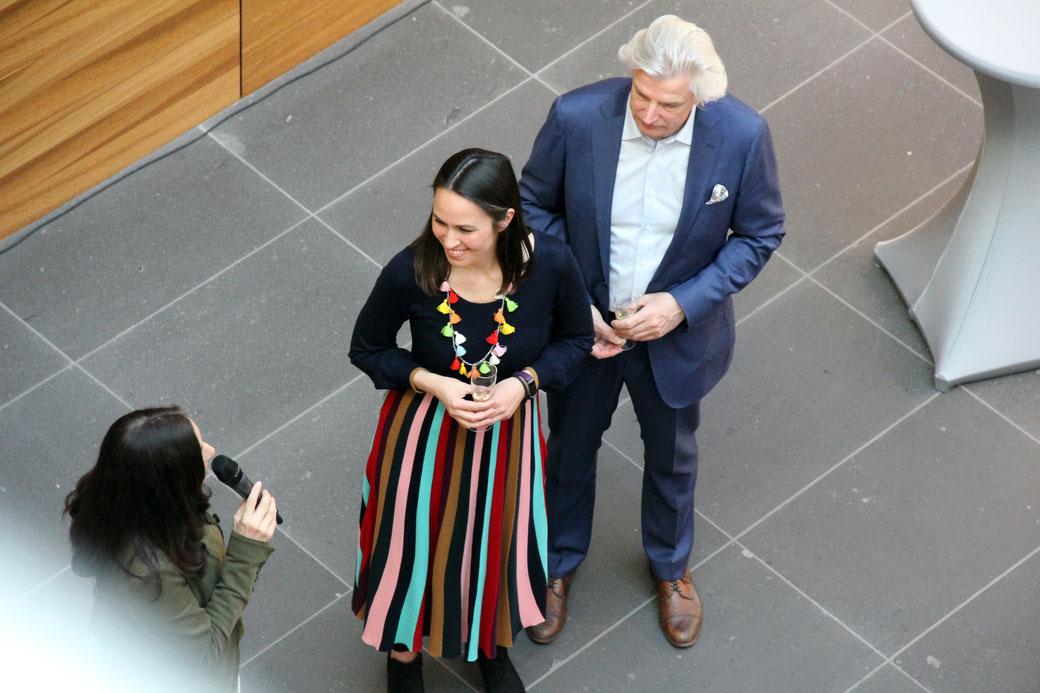 Von links nach rechts: Prof. Dr. Nicola Graf. Rektorin DHWB Heilbronn, Sandra Kolondam und Klaus Soppe bei der Eröffnungsrede. Foto: DHWB Heilbronn.