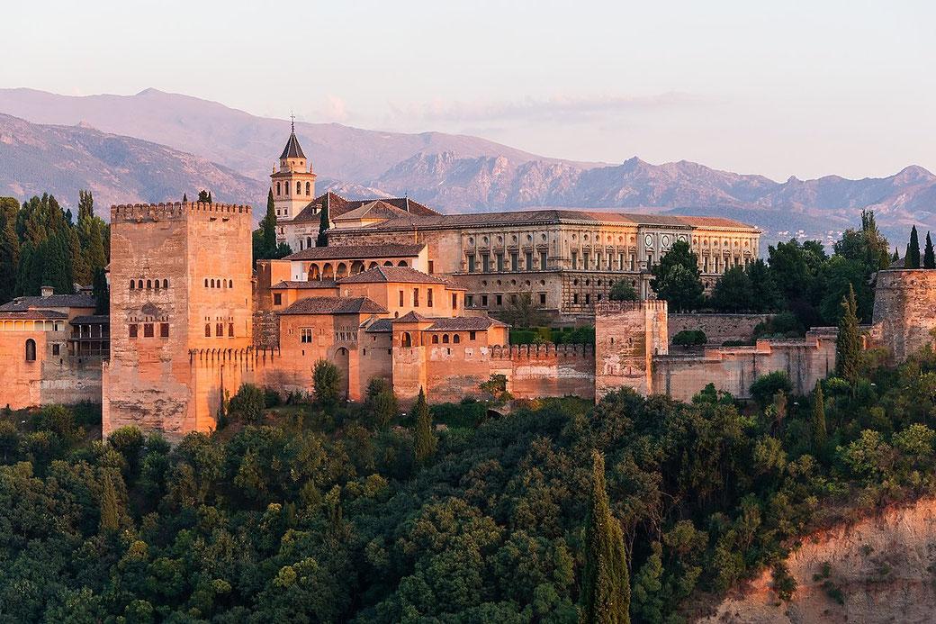 Connessioni Culturali: Alhambra