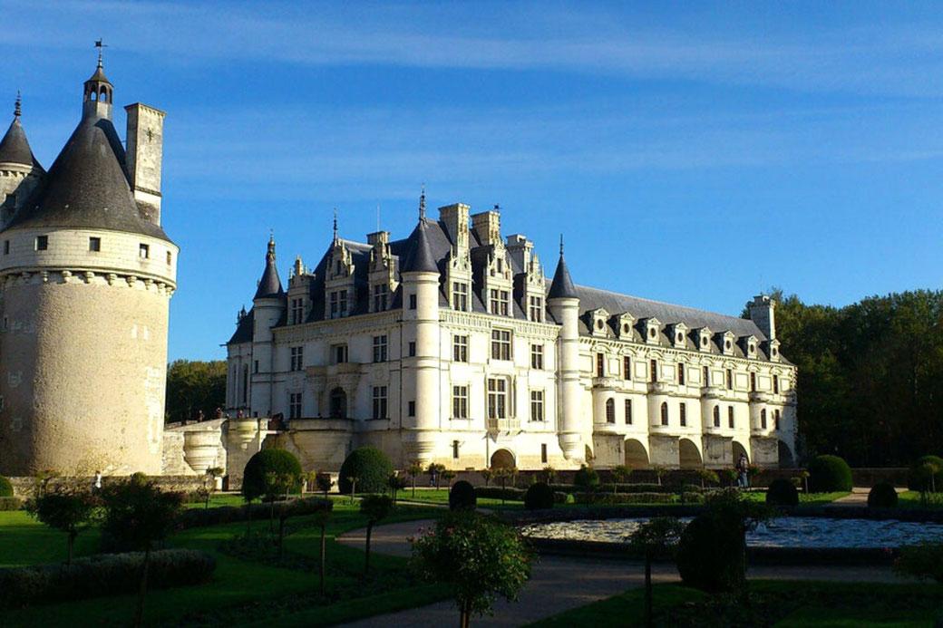 Connessioni Culturali: Castelli Loira
