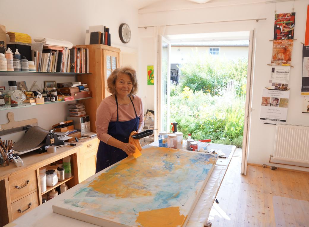 Ich bin wieder da - Anita Windhager im Atelier