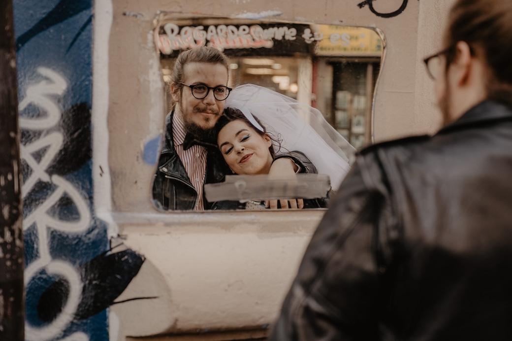 street-wedding-paris-DanslaConfidence