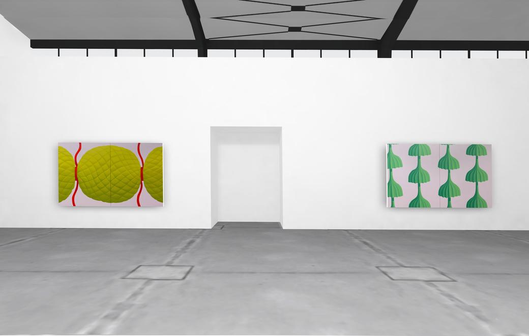 """Pia Krajewski, solo exhibition """"untitled (soft built)"""" 2021, Artuner, left: oT (bonbon) 2020, 180x300cm, right: oT (Schirme) 2020, 180x300cm"""
