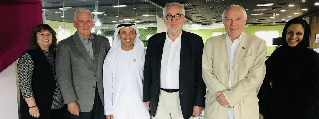 Picture of Ernst Poeppel with members of the KHDA and Vince Ferrandino