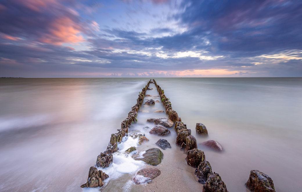 Long exposure IJsselmeerkust Hindeloopen © Jurjen Veerman
