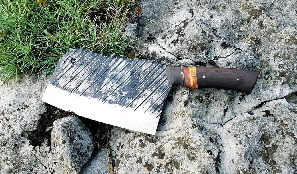 Küchenbeil Handgeschmiedet aus Stahl und nicht Damast fürs Grobe